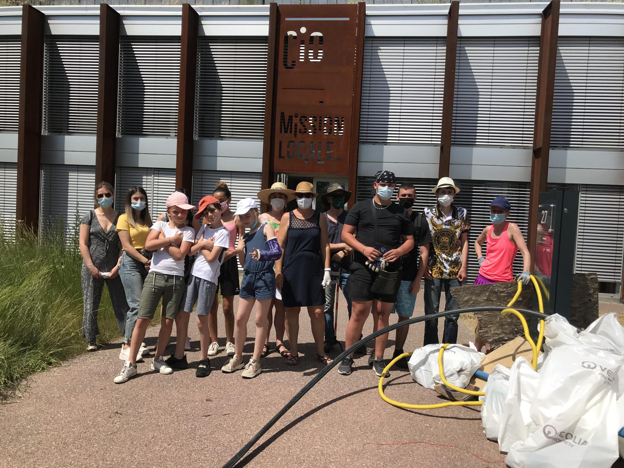 Une collecte de déchets réussie avec la participation des jeunes de la ville de Haguenau !